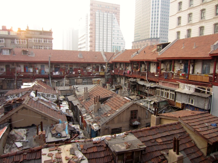 Neglected courtyard house in Qingdao's historical centre