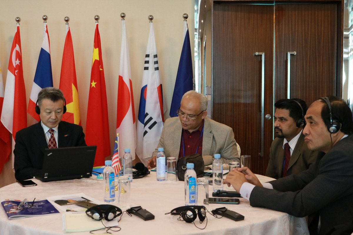 Economic Relations between China and ASEAN